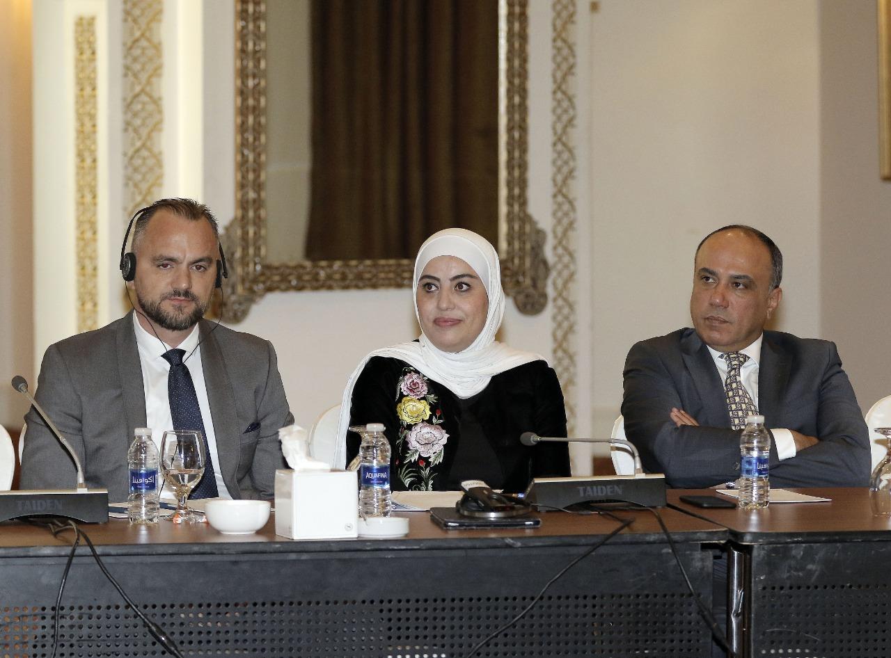 (العربية) إطلاق مبادرة حول حماية المرأة من العنف السياسي